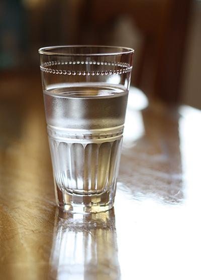 お気に入りのグラスで朝の一杯を始めてみませんか。